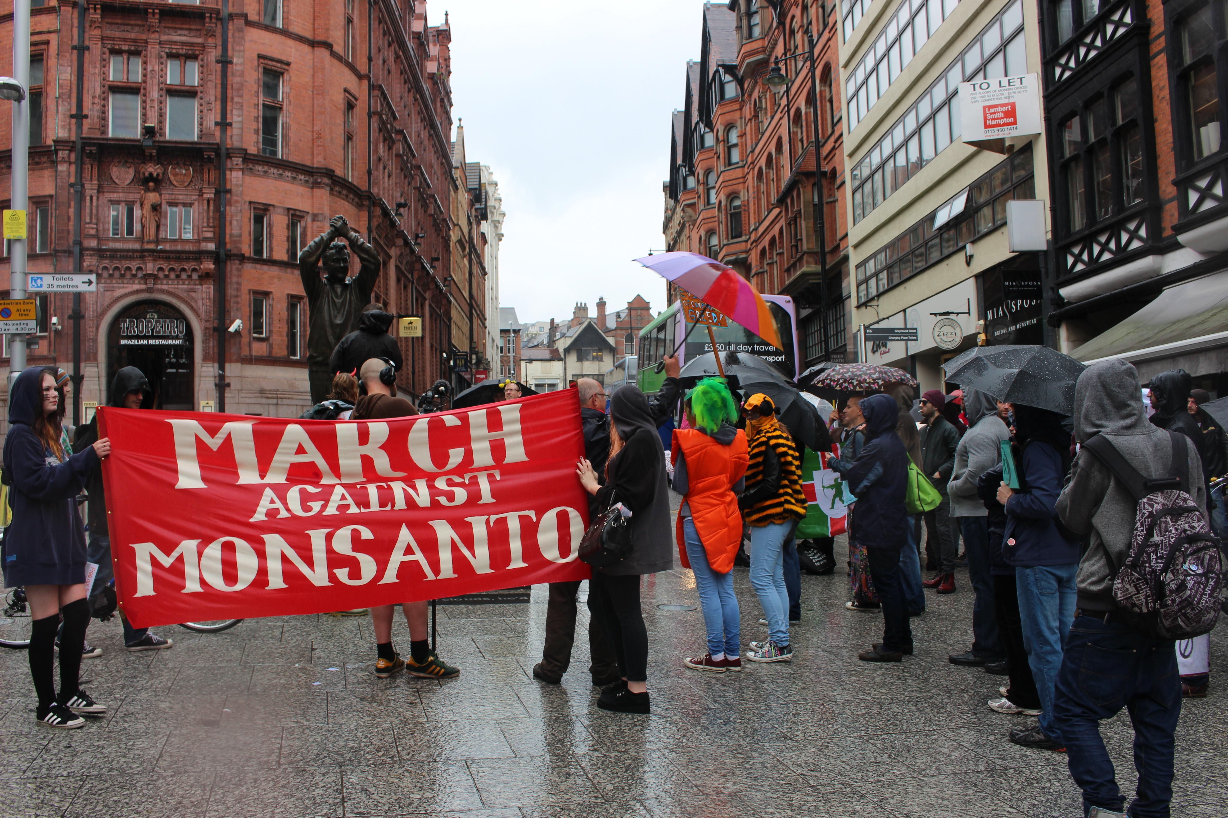 March against monsanto nottingham4