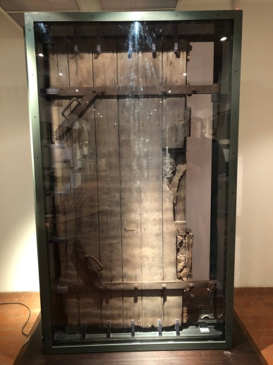 auschwitz gas chamber door